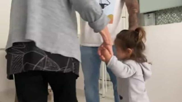 Maurício Mattar mostra divertido vídeo com a mãe e a filha mais nova