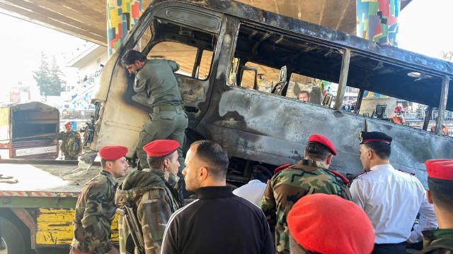 Síria: Pelo menos 13 mortos em explosão em Damasco