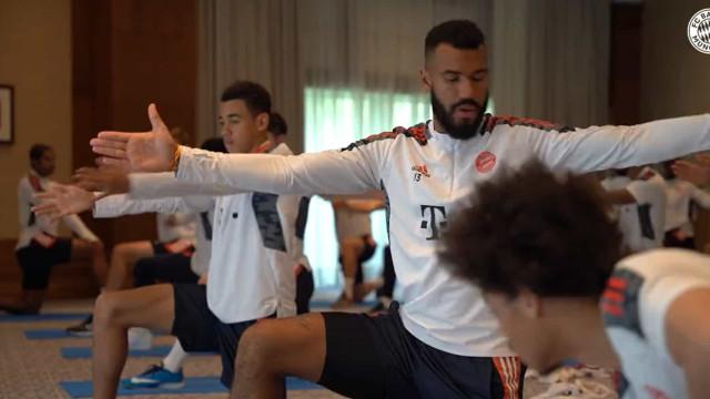O treino indoor do Bayern a poucas horas do desafio contra o Benfica