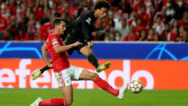 15 minutos à B... ayern dizimaram Benfica, que obrigou Neuer a brilhar
