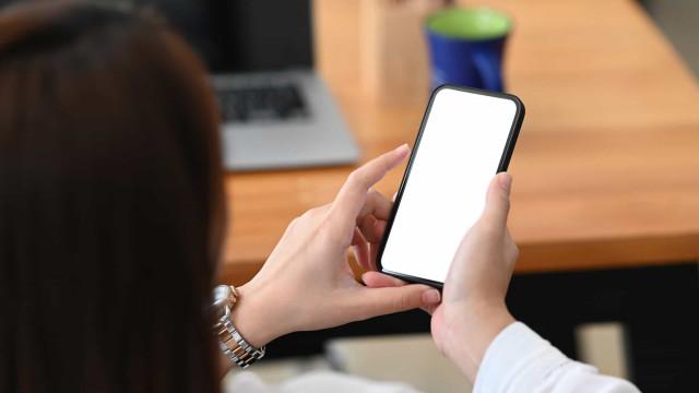 """""""AT não envia SMS com links"""". Fisco alerta para mensagens fraudulentas"""