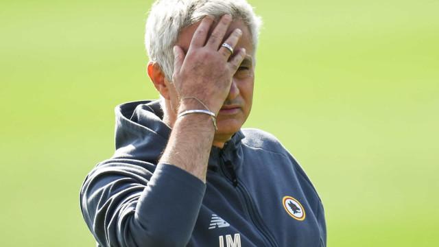Hecatombe lusa: Mourinho encaixa seis e NES complica apuramento