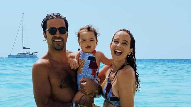 """Sara Prata, o namorado e a filha vivem """"dias de muito amor"""" em Cabo Verde"""