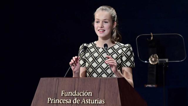 """Leonor destaca papel dos jovens num """"mundo mais sustentável e justo"""""""