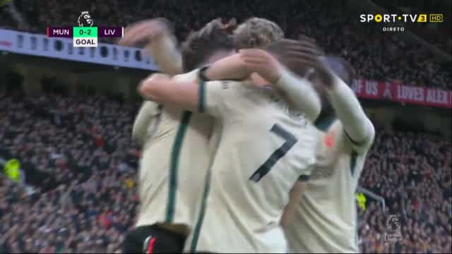 O golo de Diogo Jota no Manchester United-Liverpool