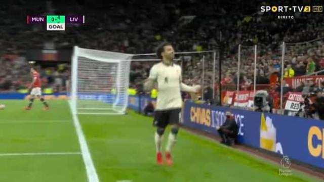 Humilhação: Salah fez hattick e adeptos do United começaram a ir embora