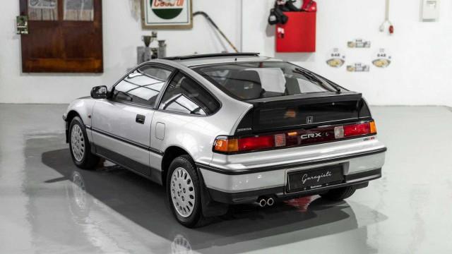 Honda CRX com apenas 17 quilómetros está à venda em Portugal