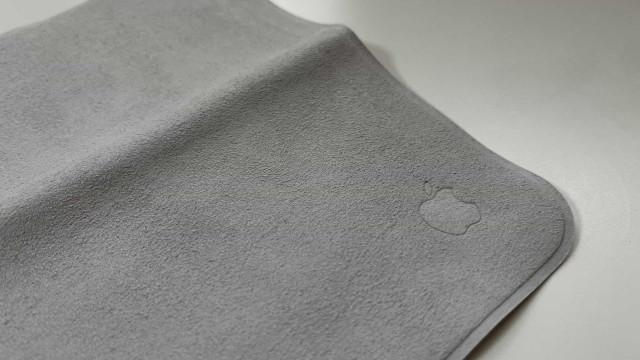 Curioso com o pano de limpeza da Apple? Já estão a circular imagens