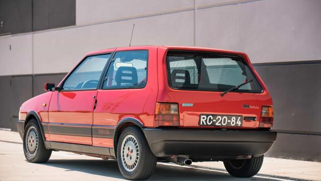Fiat Uno português vendido nos EUA por quase 15 mil euros