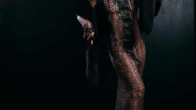 """""""Diva"""". Cláudia Raia irreconhecível com disfarce de Halloween"""