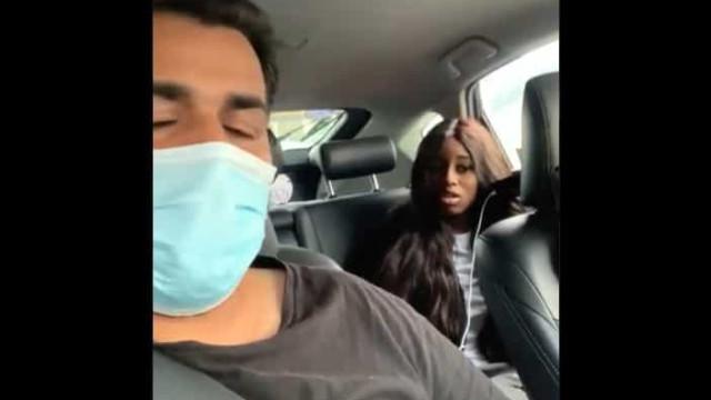 Mulher ataca condutor da Bolt que não a deixa viajar sem máscara
