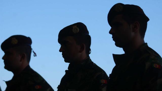 Governo vai tornar serviço militar mais atrativo e rever formação