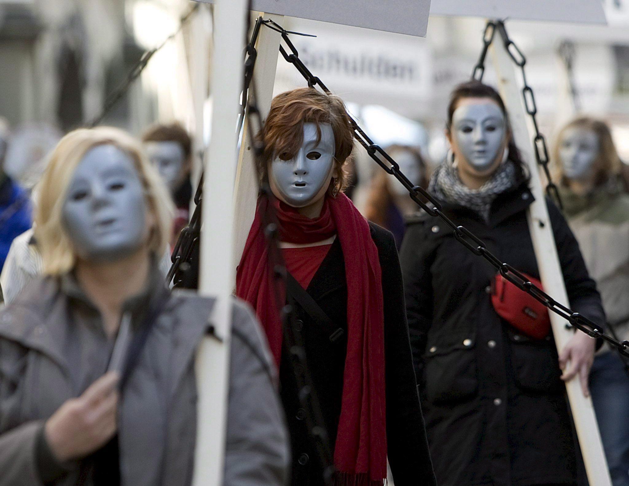 Myanmar e China não impedem tráfico de mulheres e meninas kachin