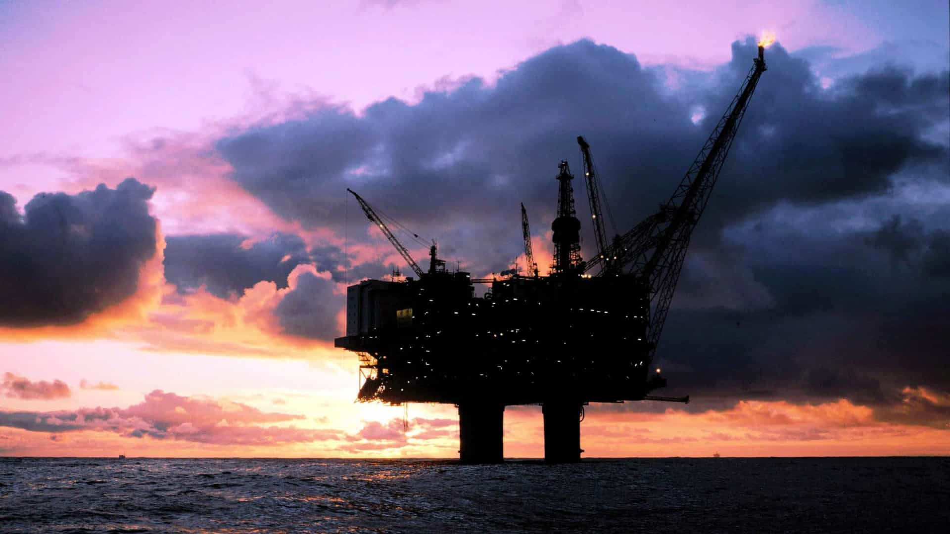 Petróleo: Arábia Saudita e EAU preocupados com possível subida de stocks