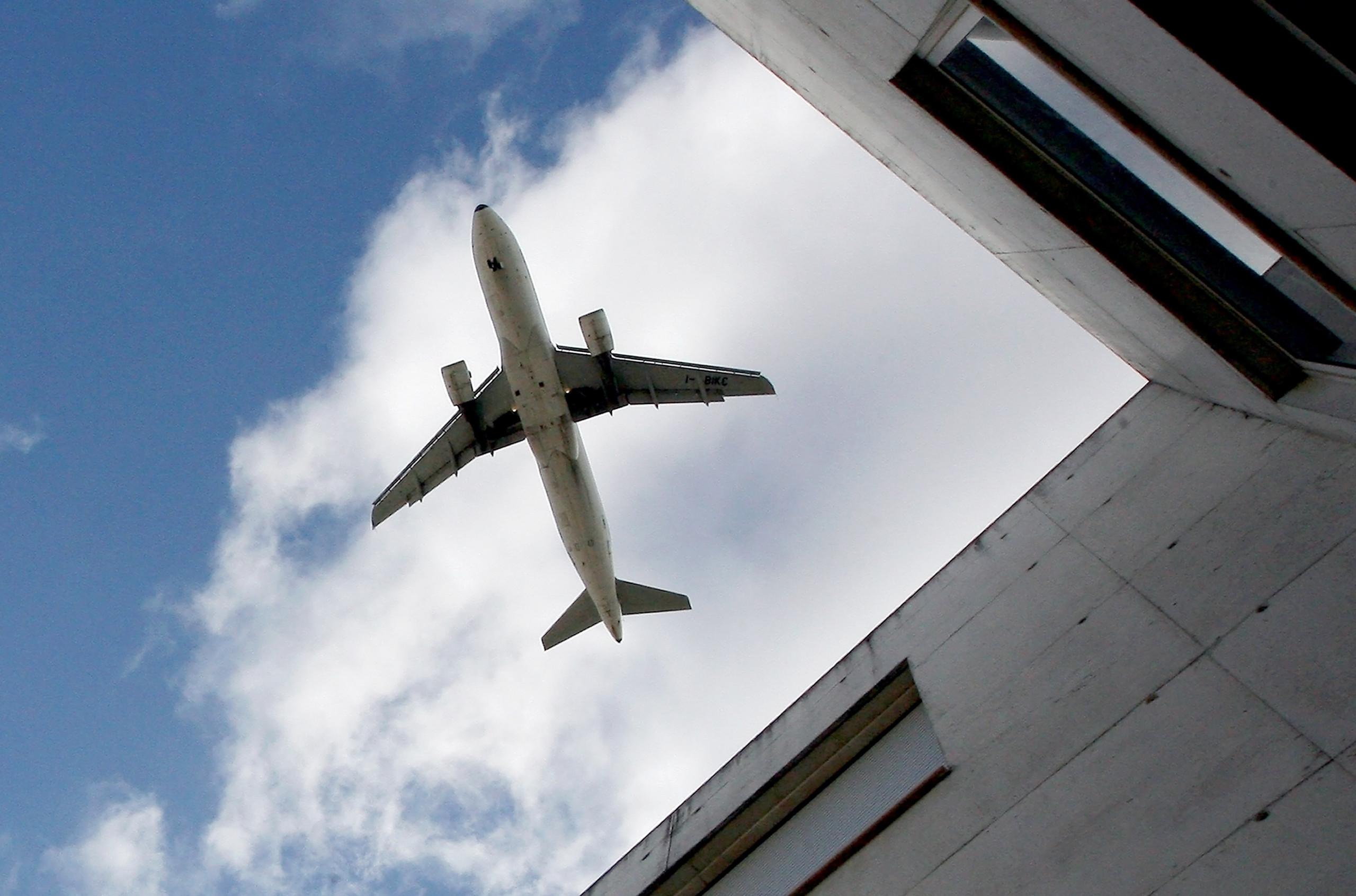 Novo Aeroporto de Luanda é demasiado grande e vai piorar trânsito