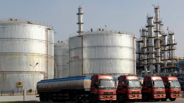 Reformas no petróleo em Angola não compensam quebra na produção