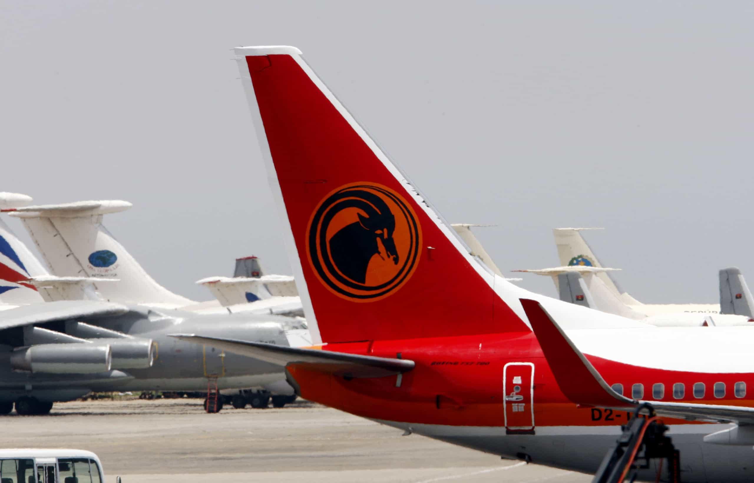 Quatro feridos em incidente com despressurização de avião da TAAG
