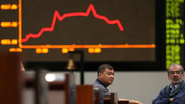 Bolsa de Tóquio abre a perder 0,14%