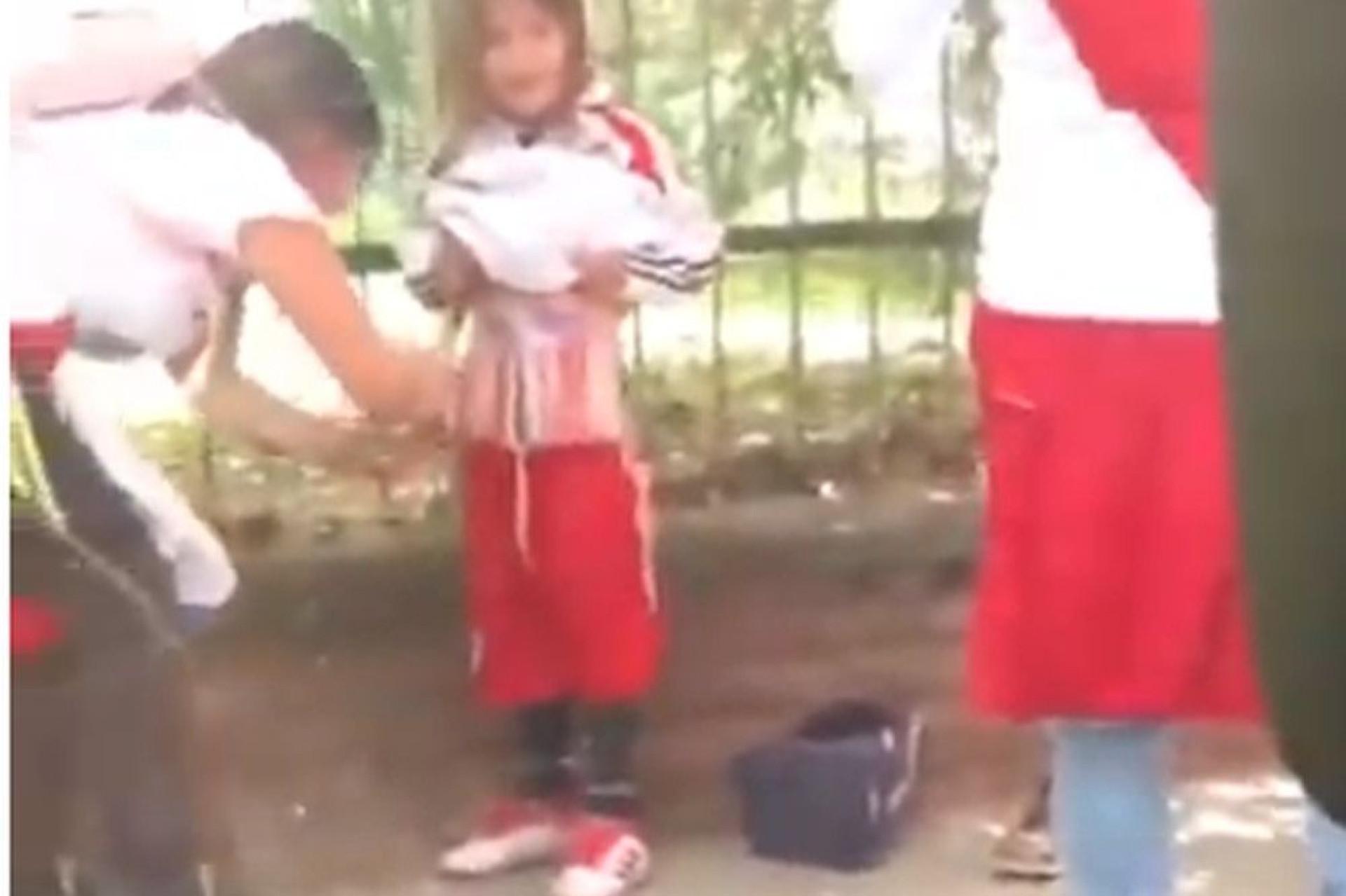 Detida adepta do River Plate que usou filha para esconder pirotecnia
