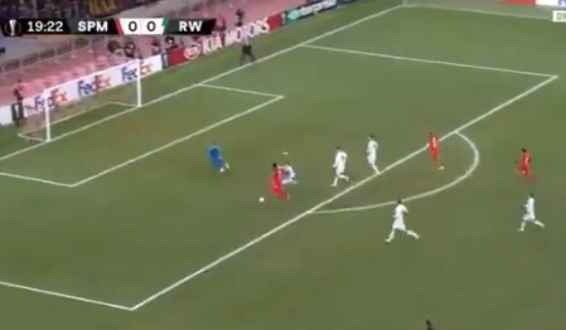 O golo do dia chega-nos diretamente da Major League Soccer