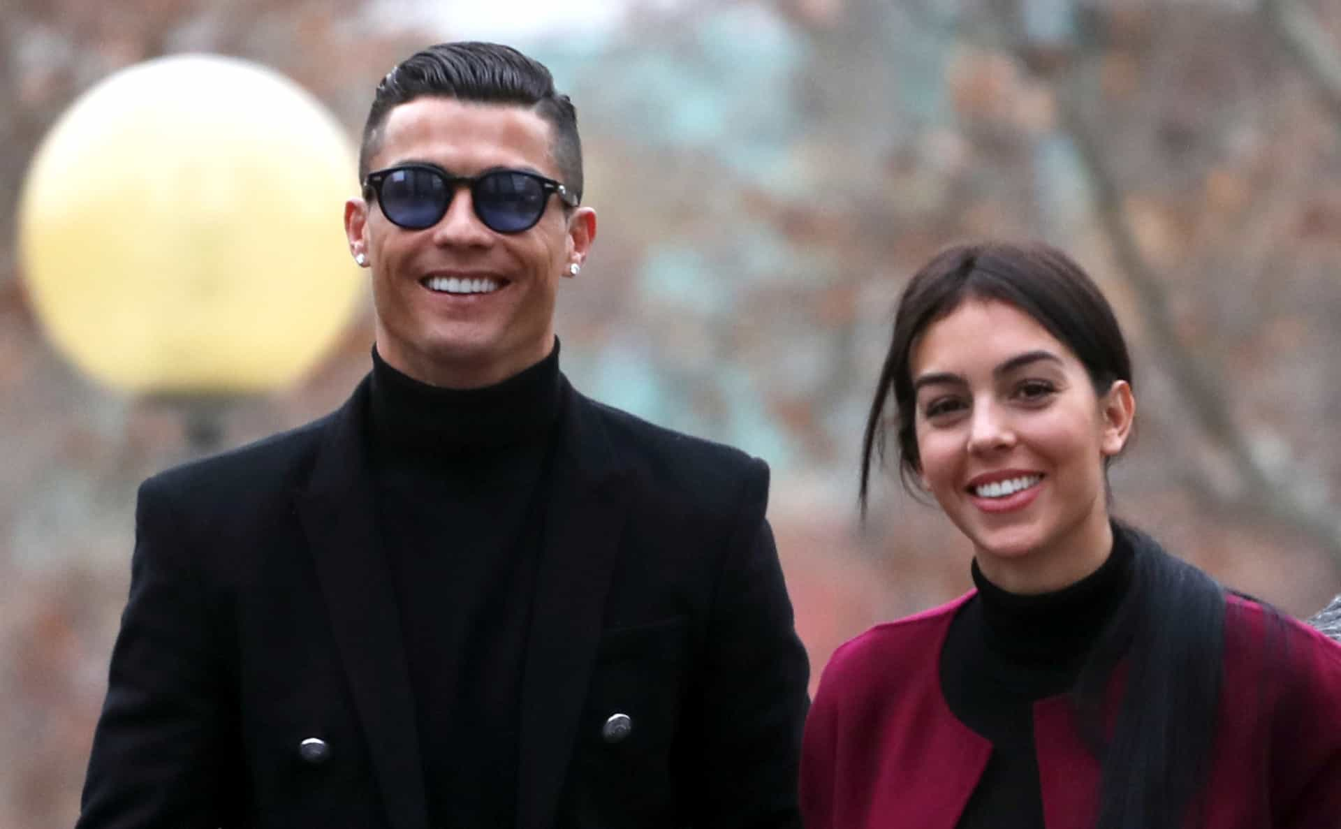 Vídeo: Cristiano Ronaldo recebe tratamento de Georgina Rodríguez