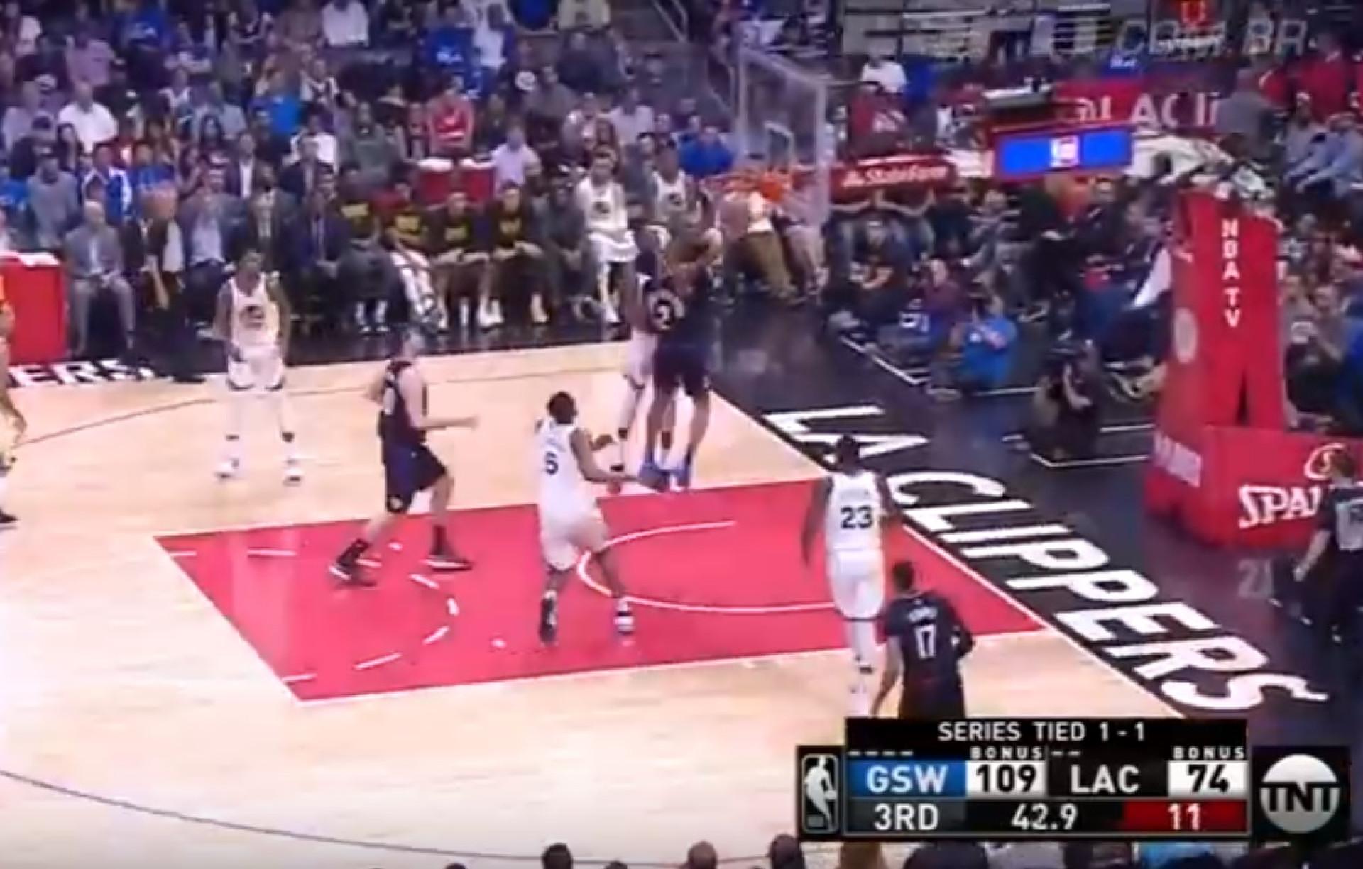 Durant 'sacou' um dos melhores abafos dos playoffs frente aos Clippers