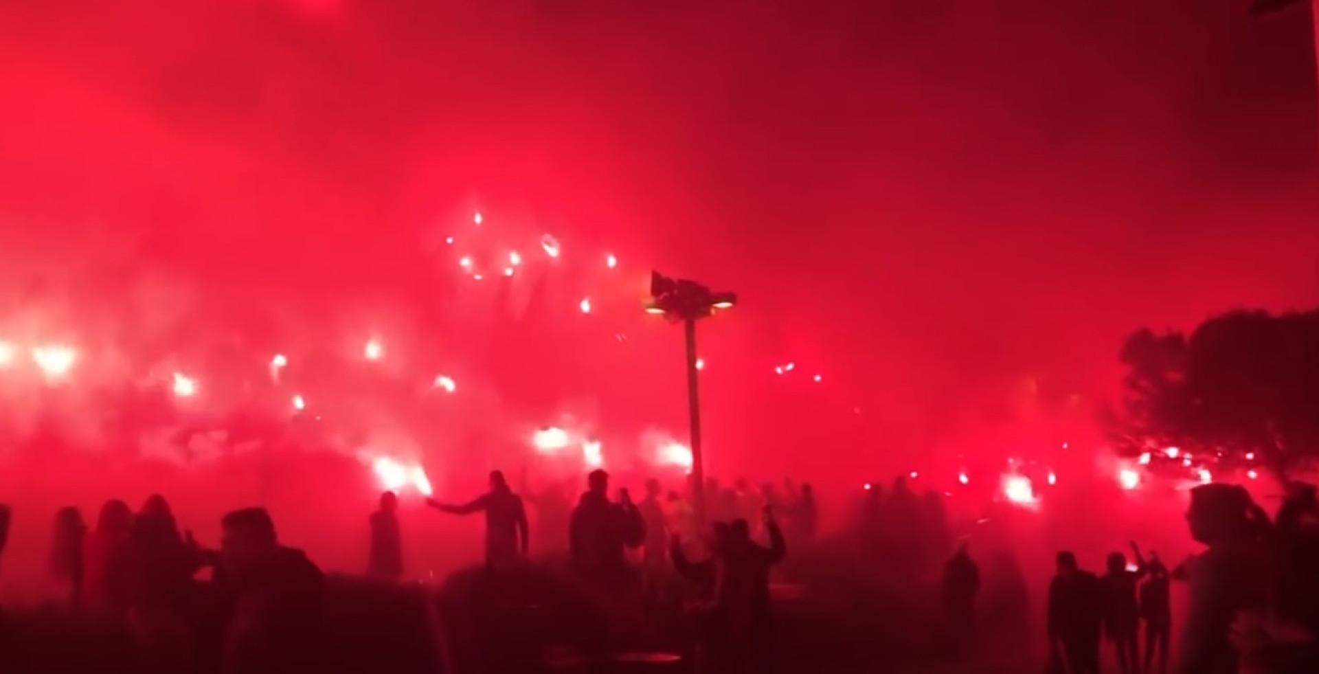Adeptos do PAOK preparam festa de arromba e as imagens são assombrosas