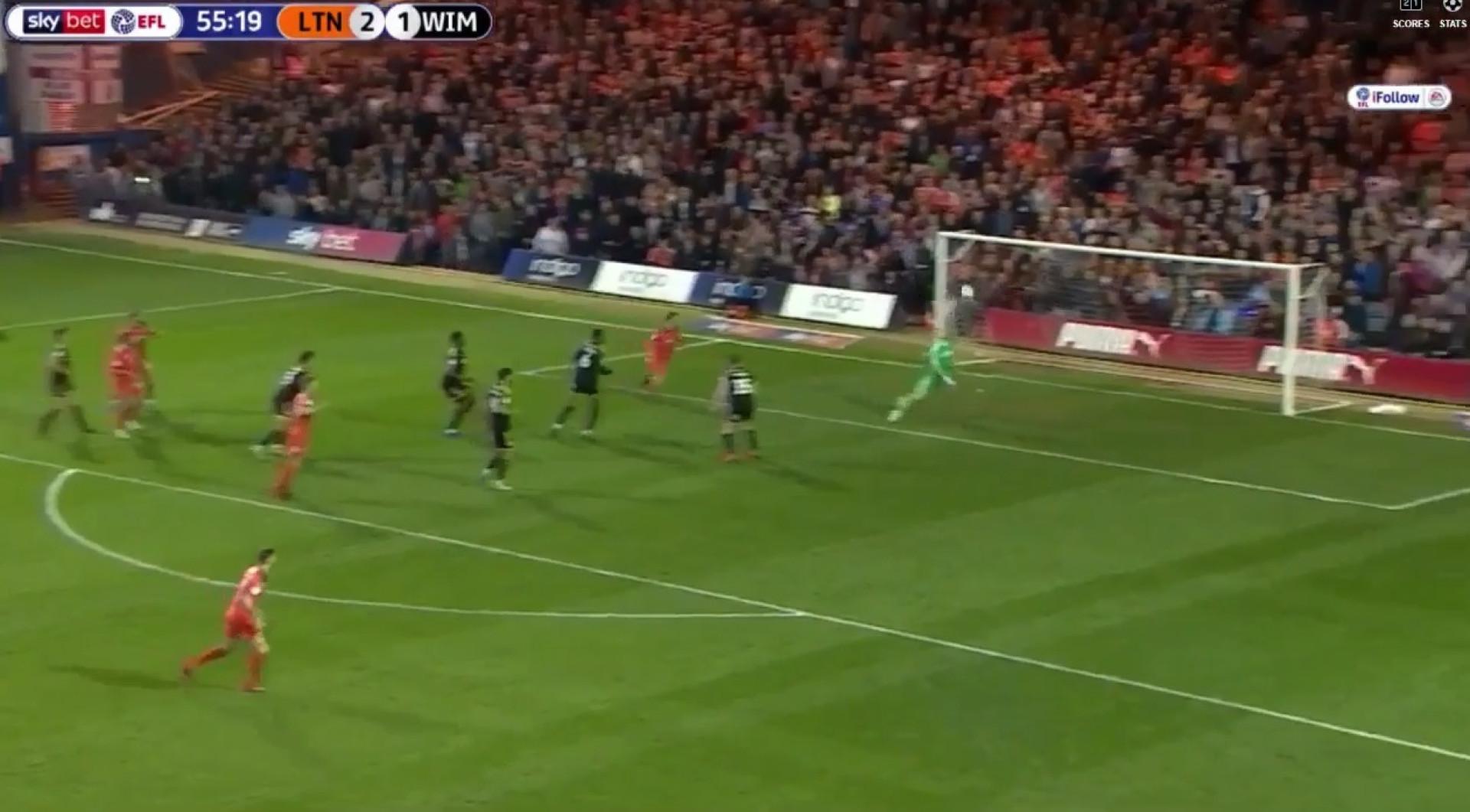E se a defesa do ano tiver surgido no terceiro escalão do futebol inglês?