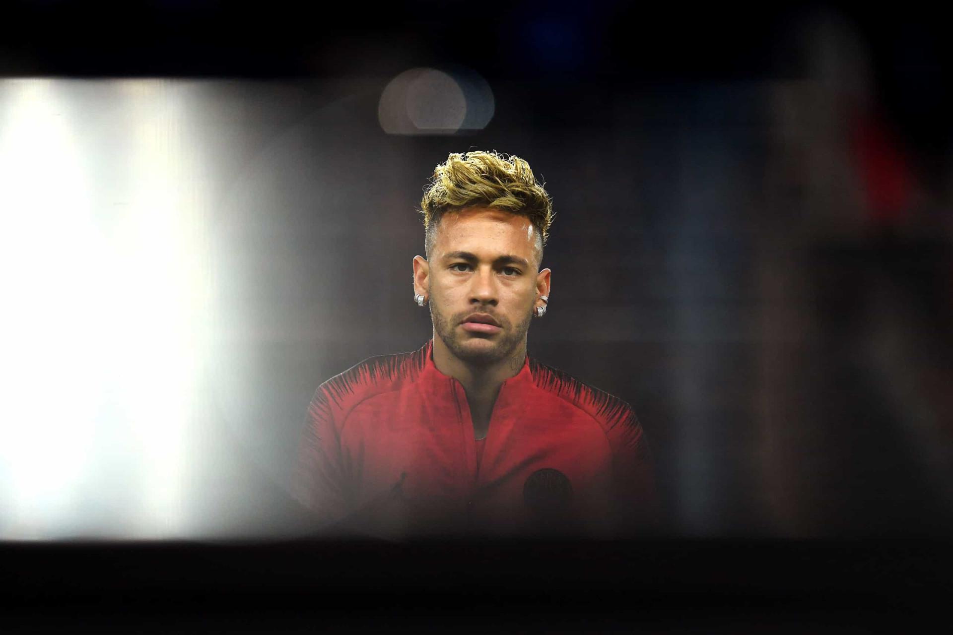Vídeo mostra agressões entre Neymar e modelo que o acusou de violação