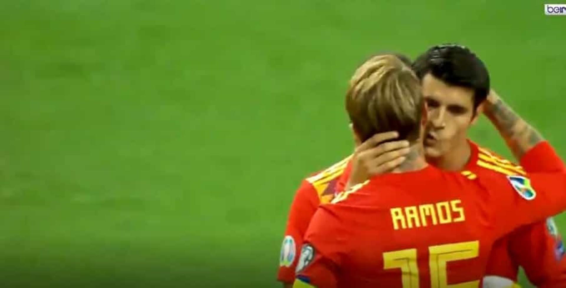 'Um gesto à capitão'. Sergio Ramos ofereceu penálti a Morata