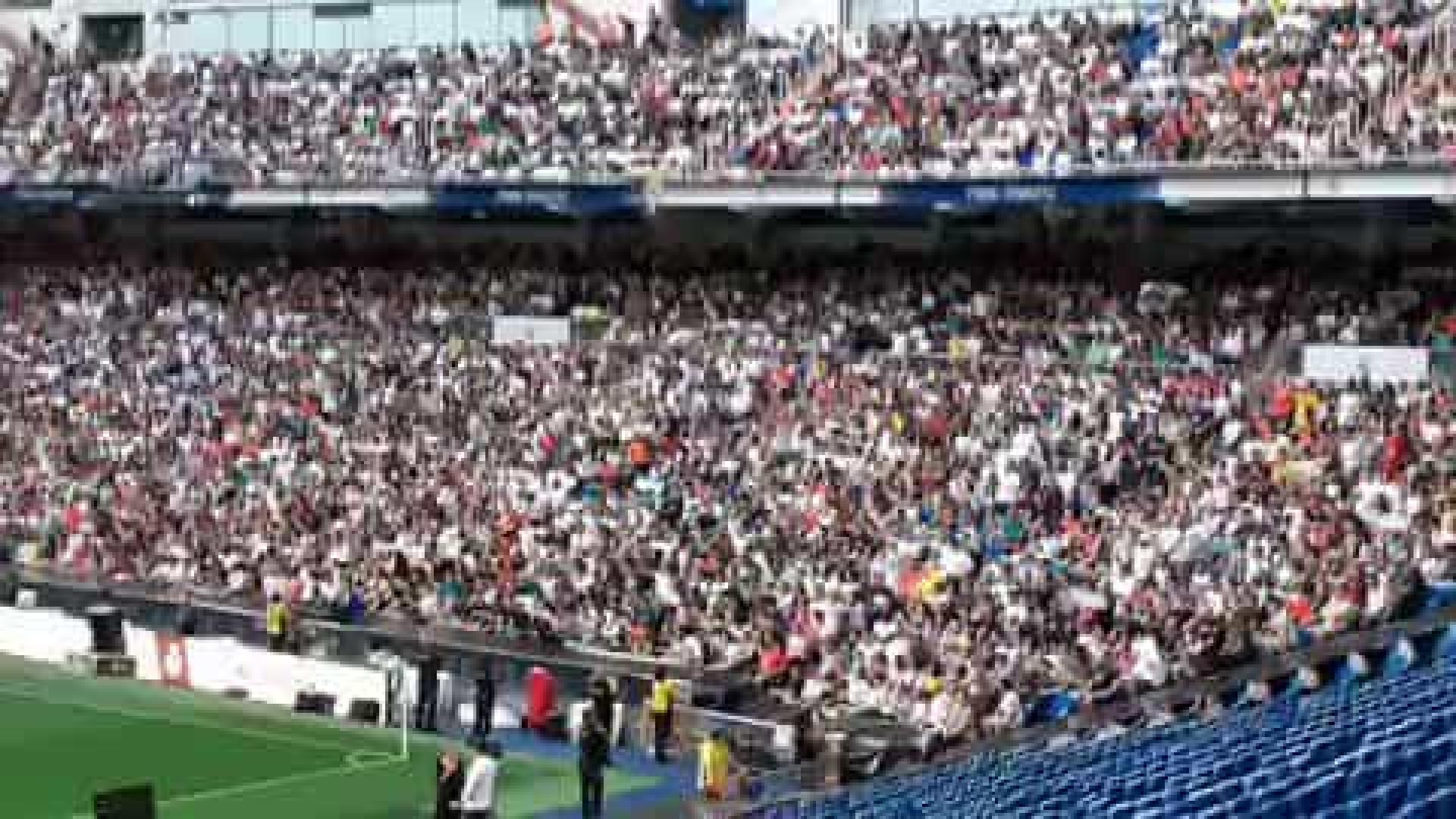 Enquanto Hazard era apresentado, adeptos no estádio pediam... Mbappé