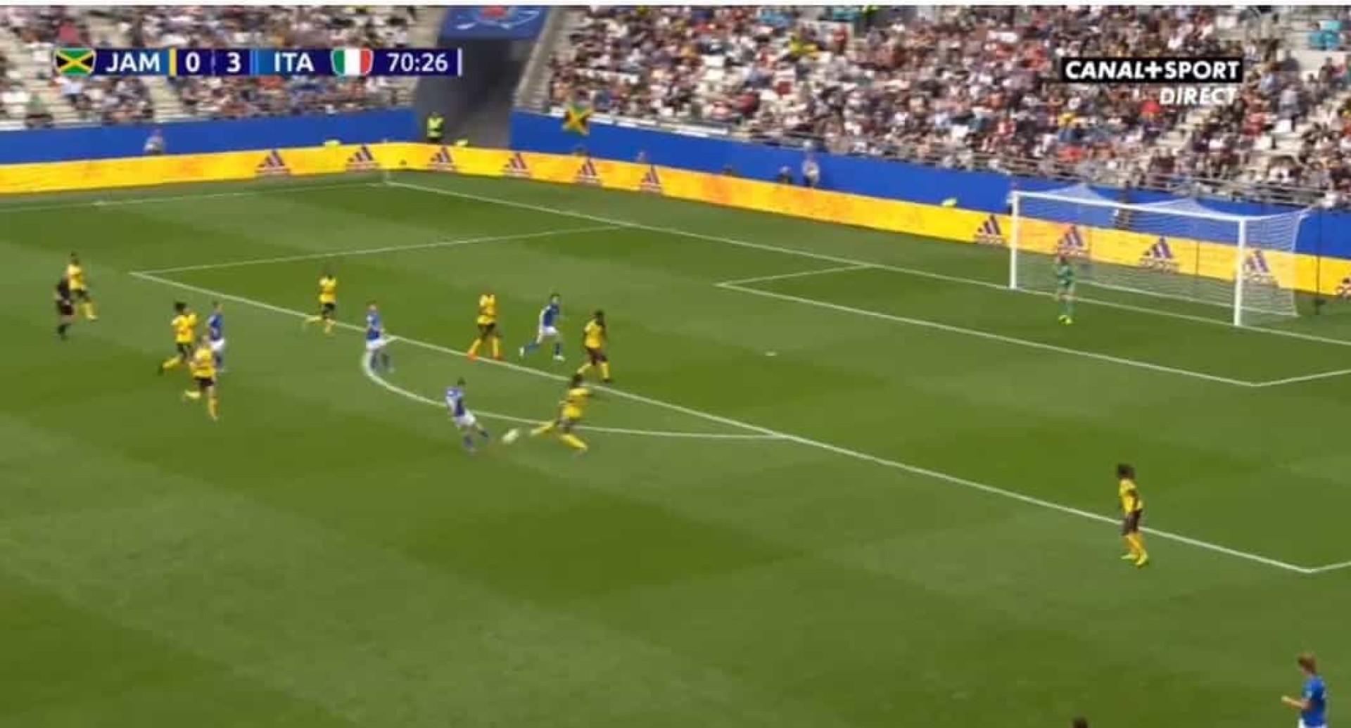 Galli ajuda Itália a golear Jamaica e este golo deve ser visto e revisto