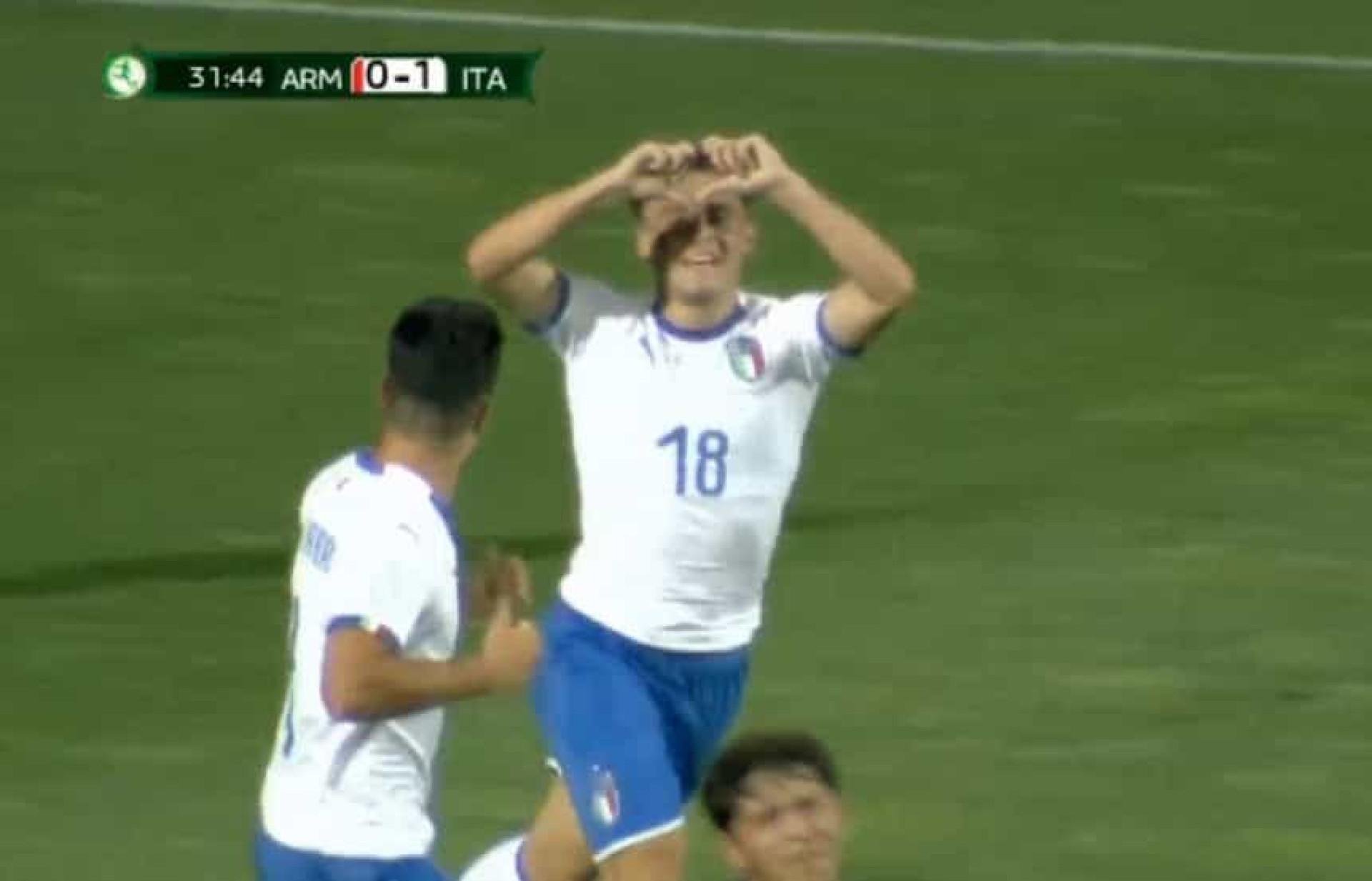 Calcanhar 'mágico' de Merola é candidato a golo do Euro de sub-19