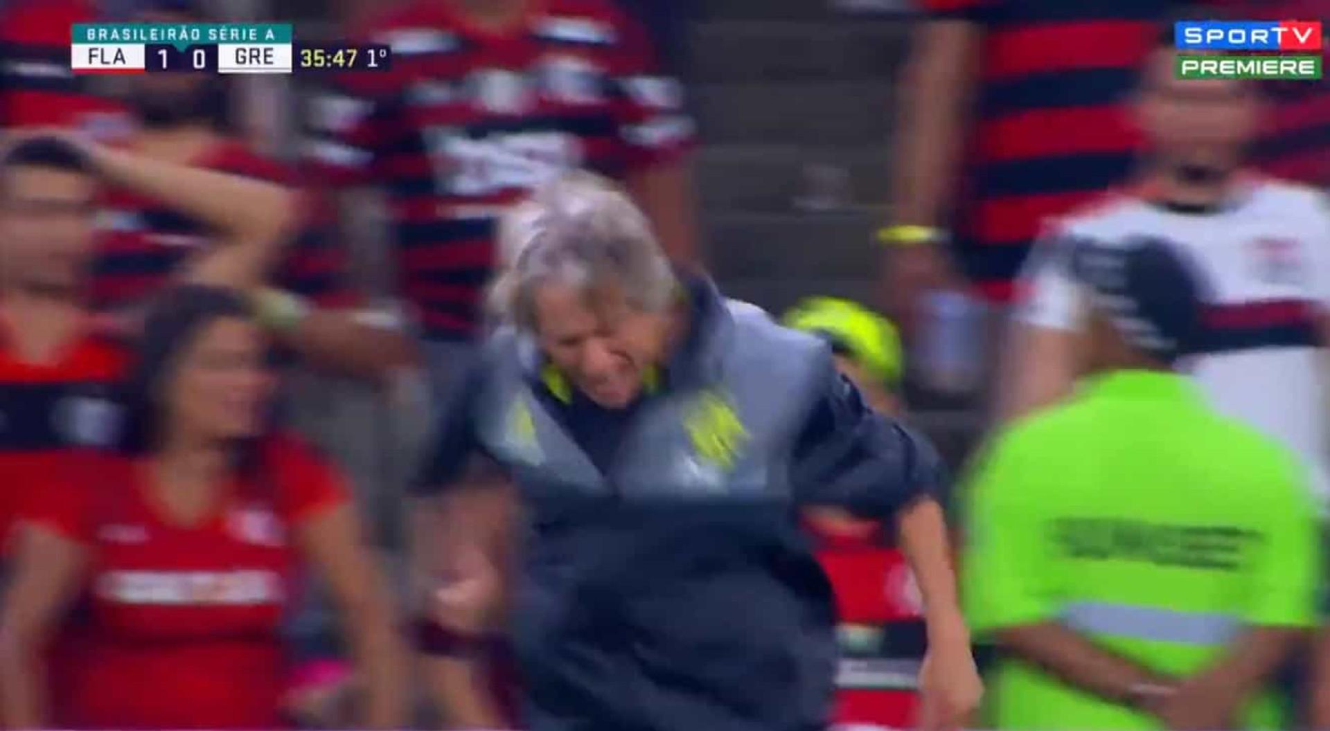 Fúria de Jorge Jesus na vitória do Flamengo surpreende brasileiros