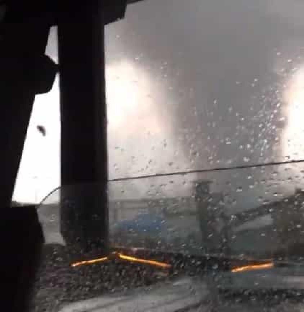 Raro tornado 'invadiu' o centro de Amesterdão