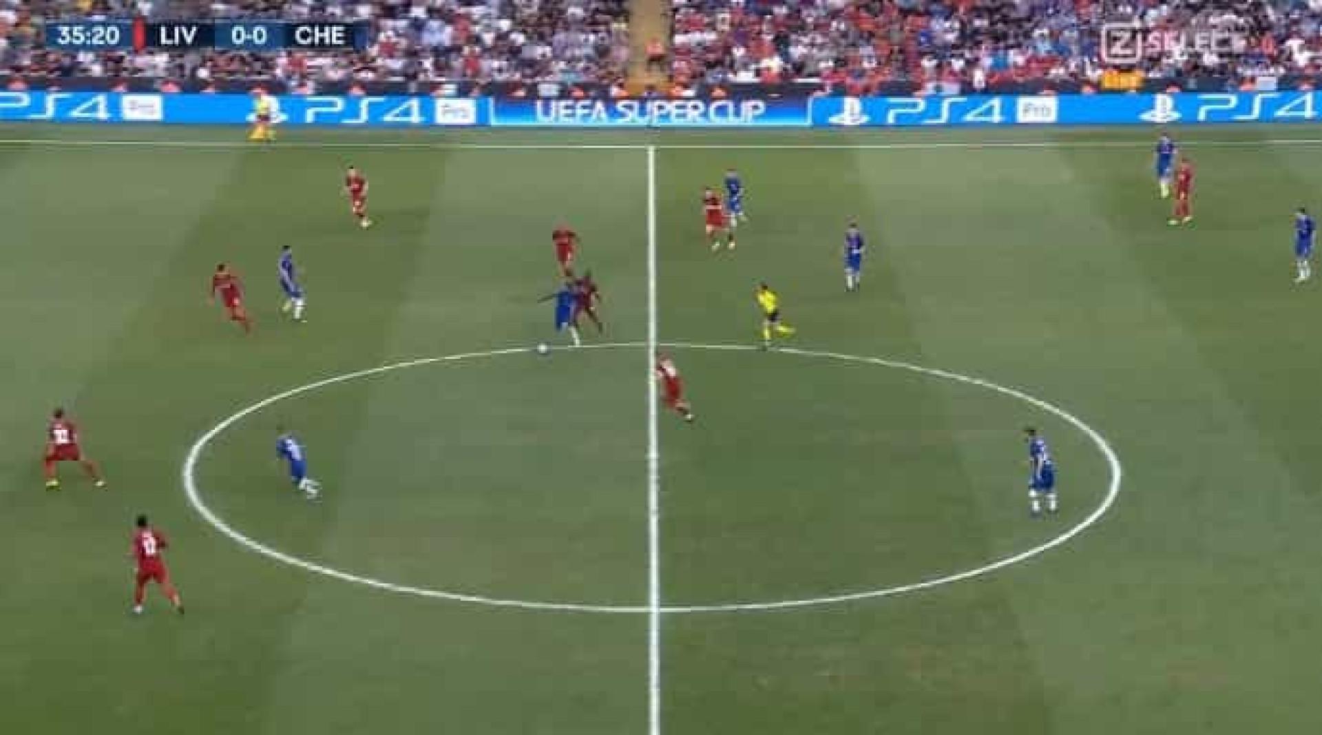 Giroud abre marcador frente ao Liverpool após passe magistral de Pulisic