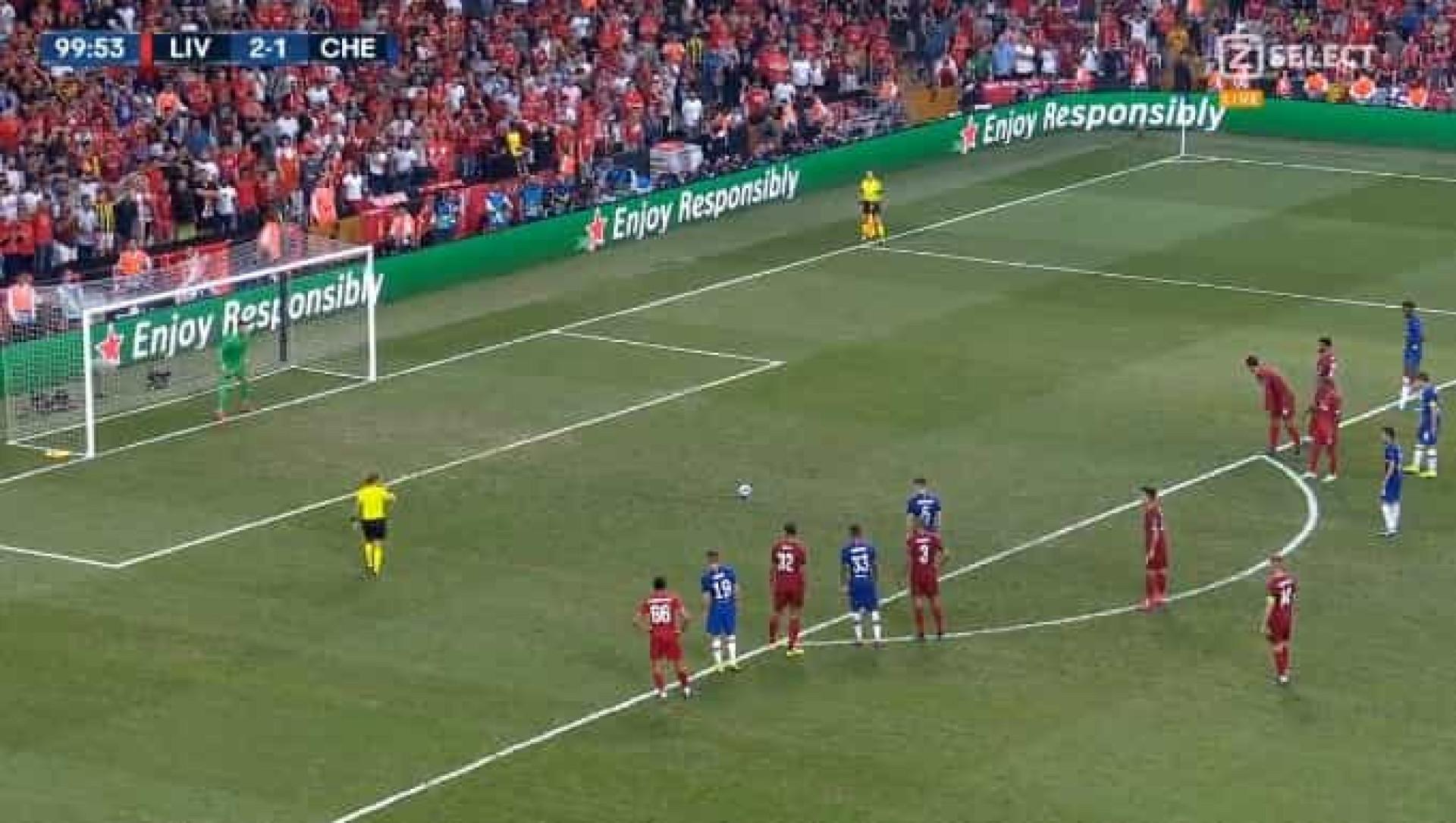 Jorginho devolveu esperança ao Chelsea com este penálti repleto de classe