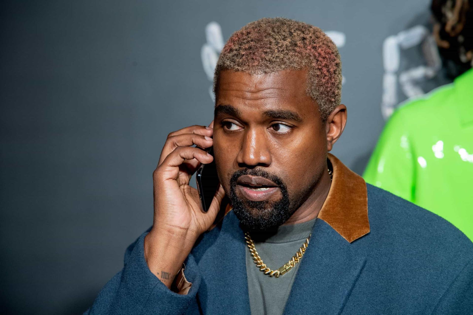Estilo inconfundível! Vídeo de Kanye West a dançar torna-se viral