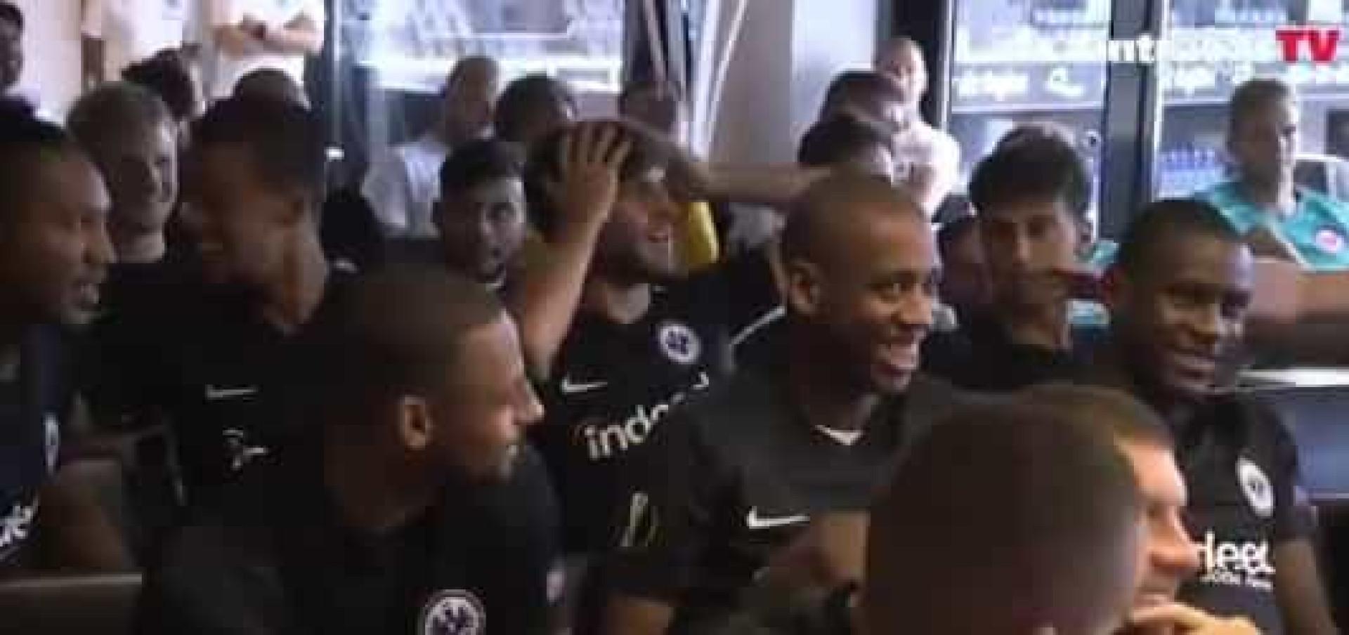 Gonçalo Paciência confundiu-se e pensou que ia jogar contra... o FC Porto