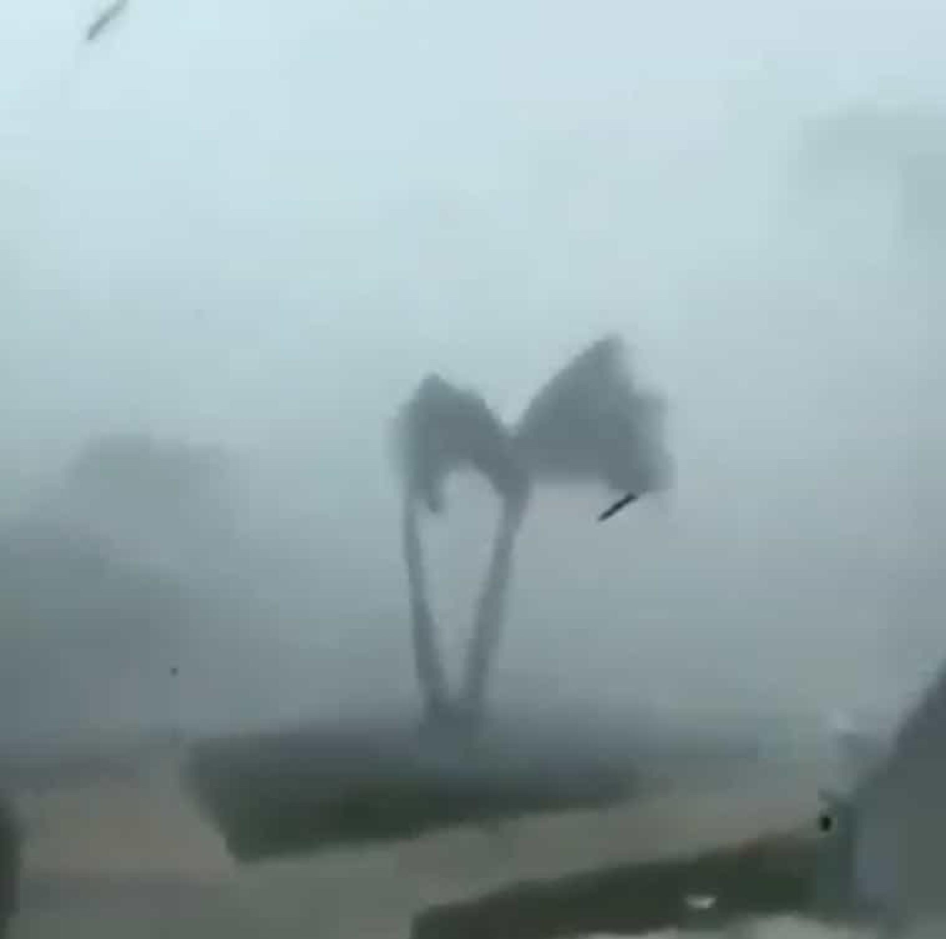 Imagens mostram violência do furacão Dorian a chegar às Bahamas