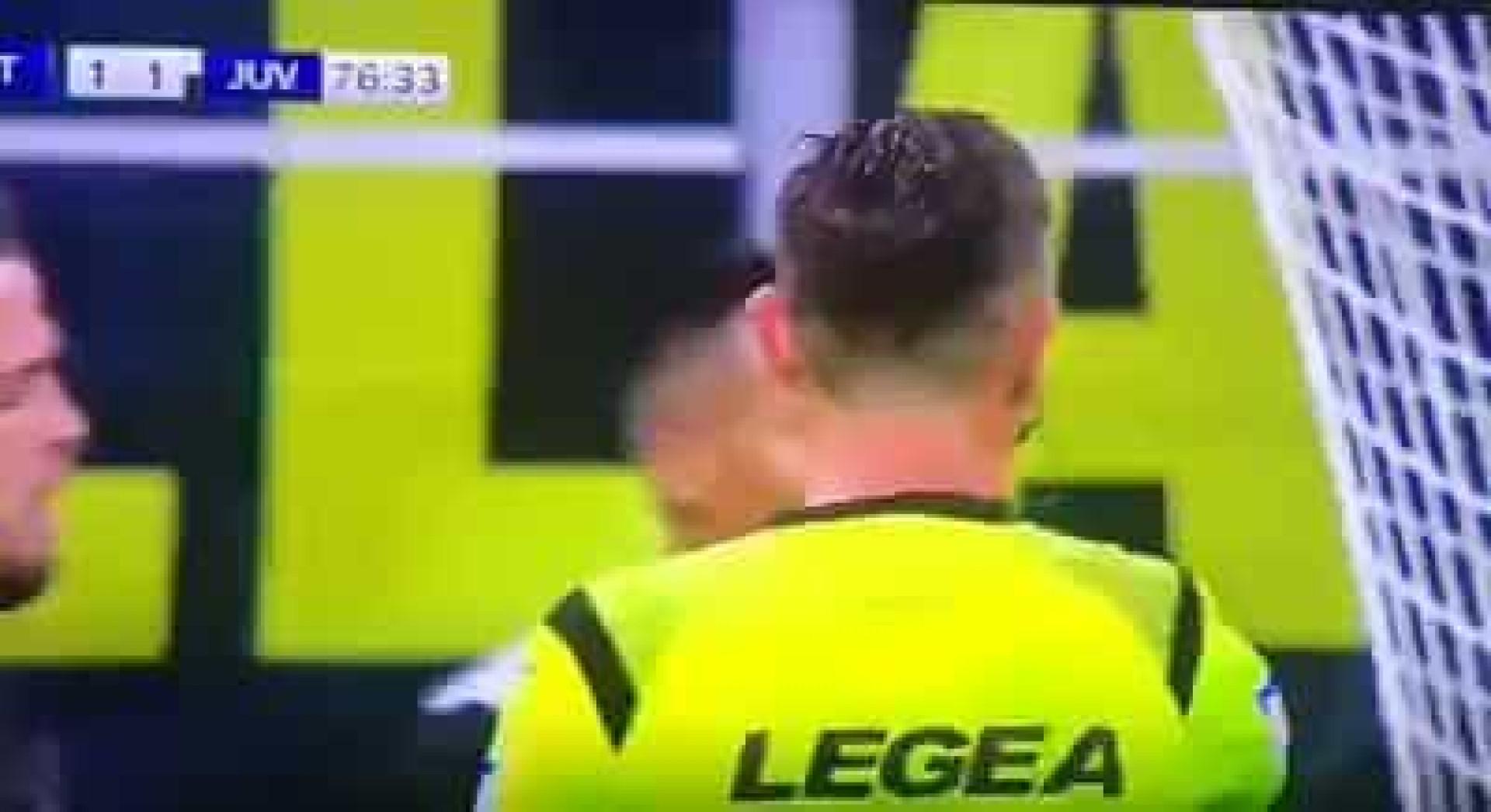 Inter-Juve: O polémico gesto de Bonucci com o árbitro da partida