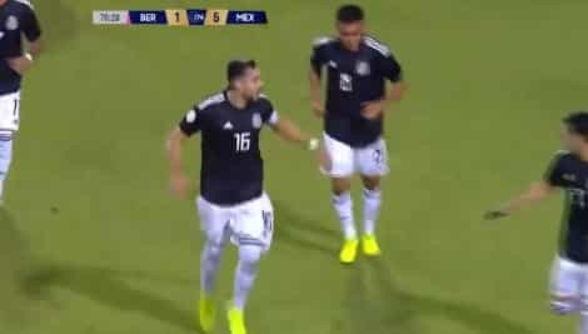 Para ver e rever: Herrera marca golaço pela seleção mexicana