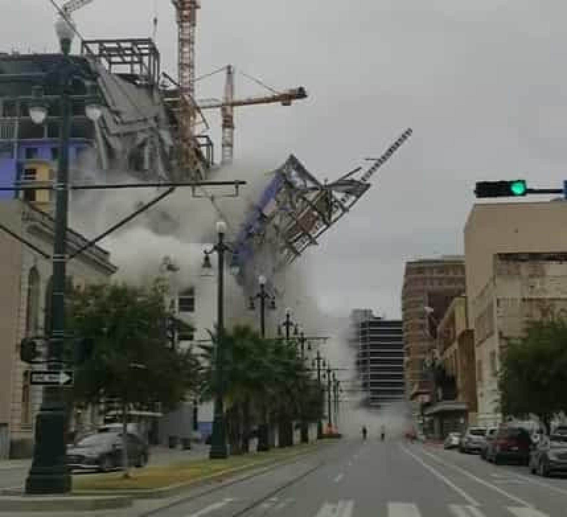 Nova Orleães: Hotel em construção colapsa. Um morto e três desaparecidos