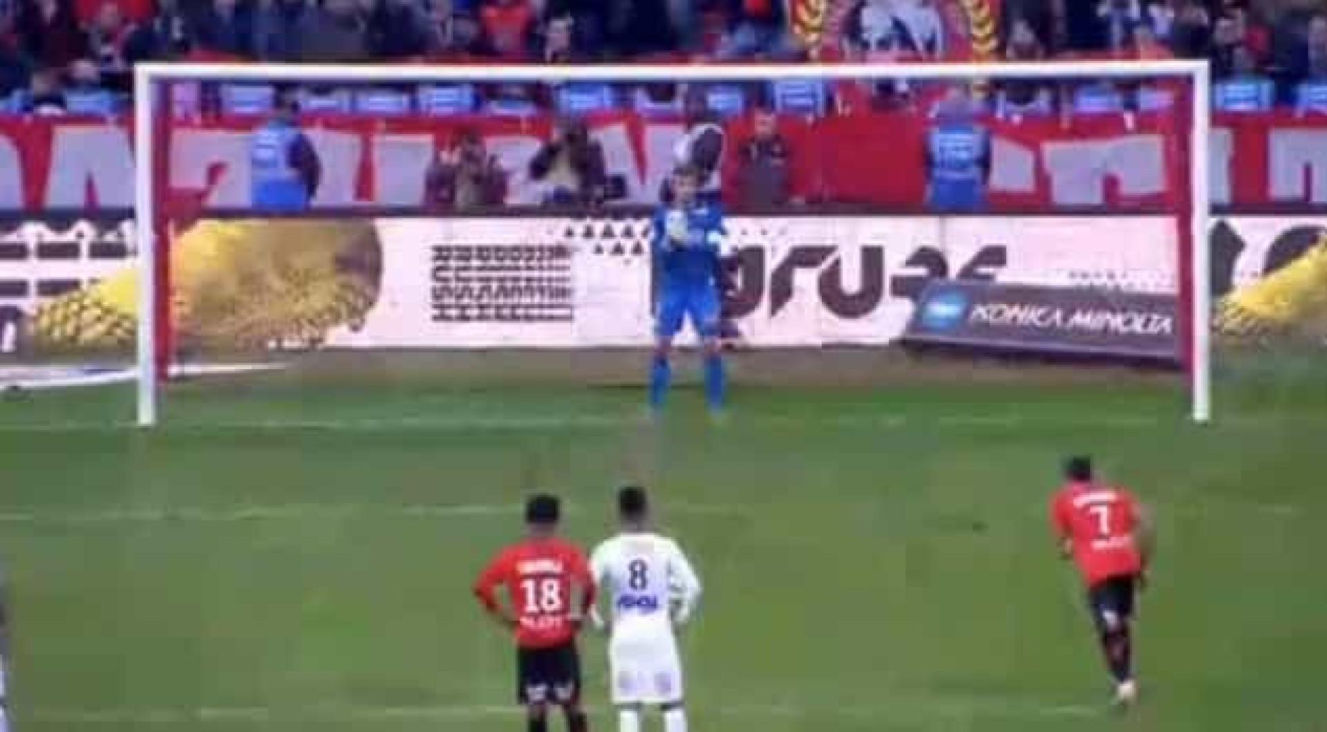 Ao 11.º jogo, eis o primeiro golo do ex-leão Raphinha pelo Rennes