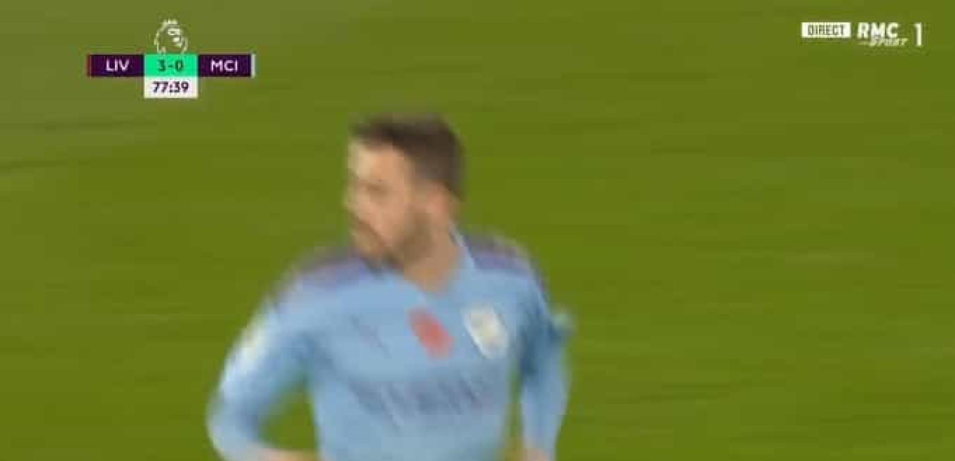Bernardo Silva marca e relança o Manchester City em Liverpool