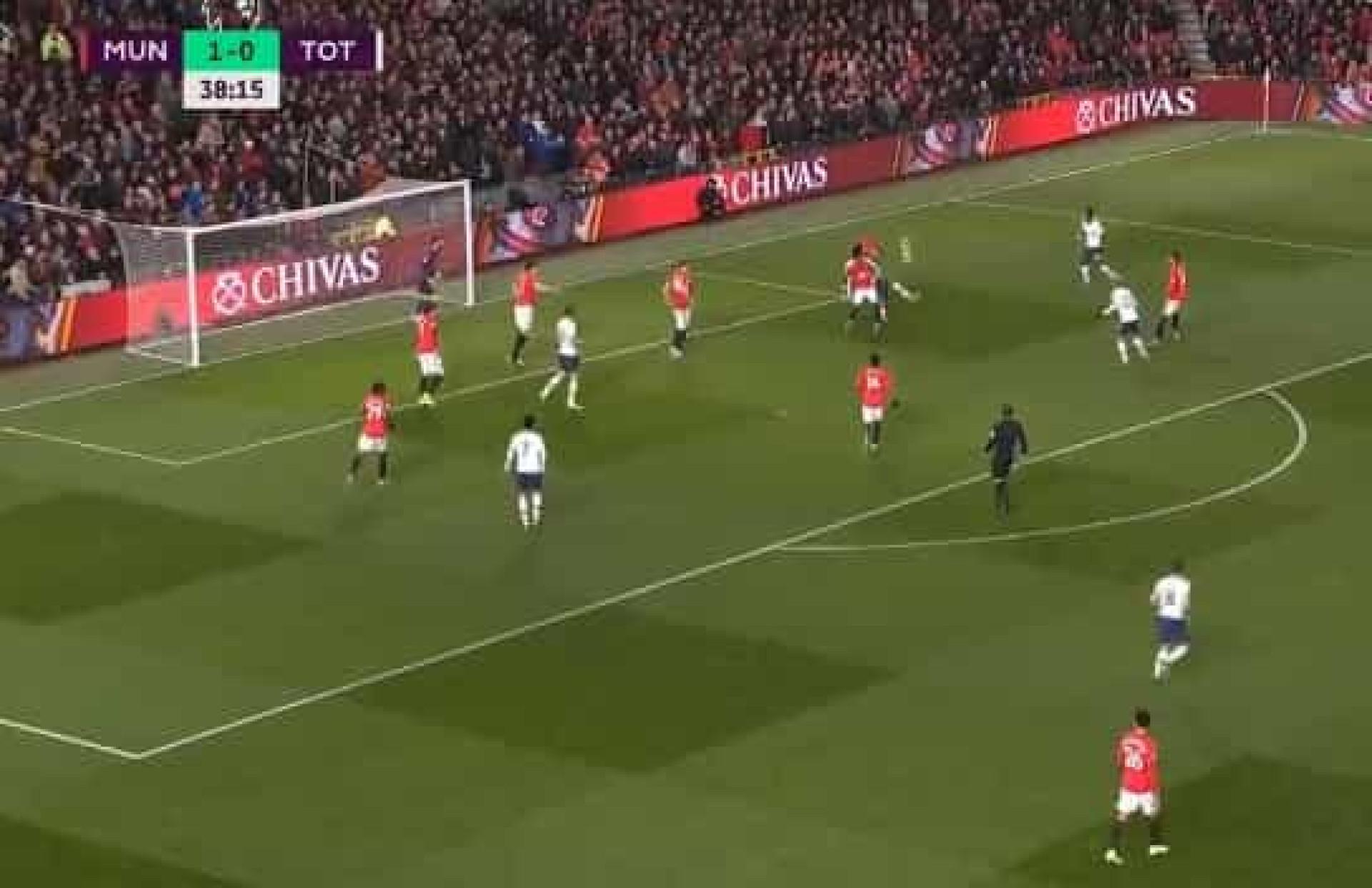 Alli saca da varinha de magia e põe Mourinho a sorrir em Old Trafford