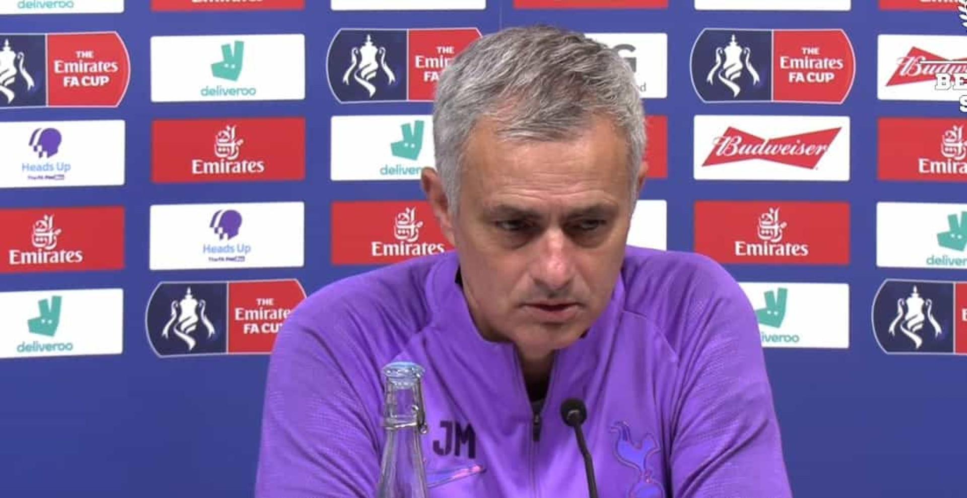 """Mourinho taxativo: """"Se o Eriksen decidir sair que saia de cabeça erguida"""""""