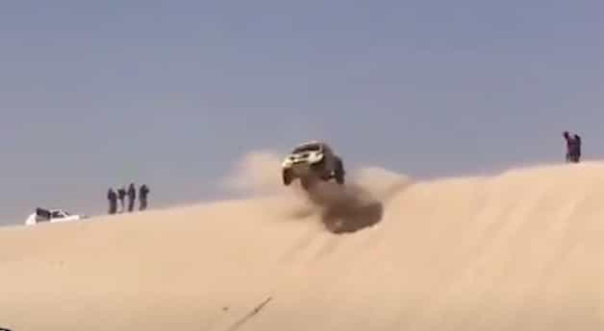Piloto 'repete' acidente de Alonso precisamente na mesma duna