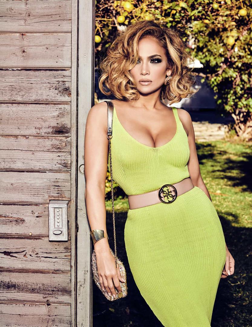 Jennifer Lopez é a protagonista da nova campanha da Guess/Marciano