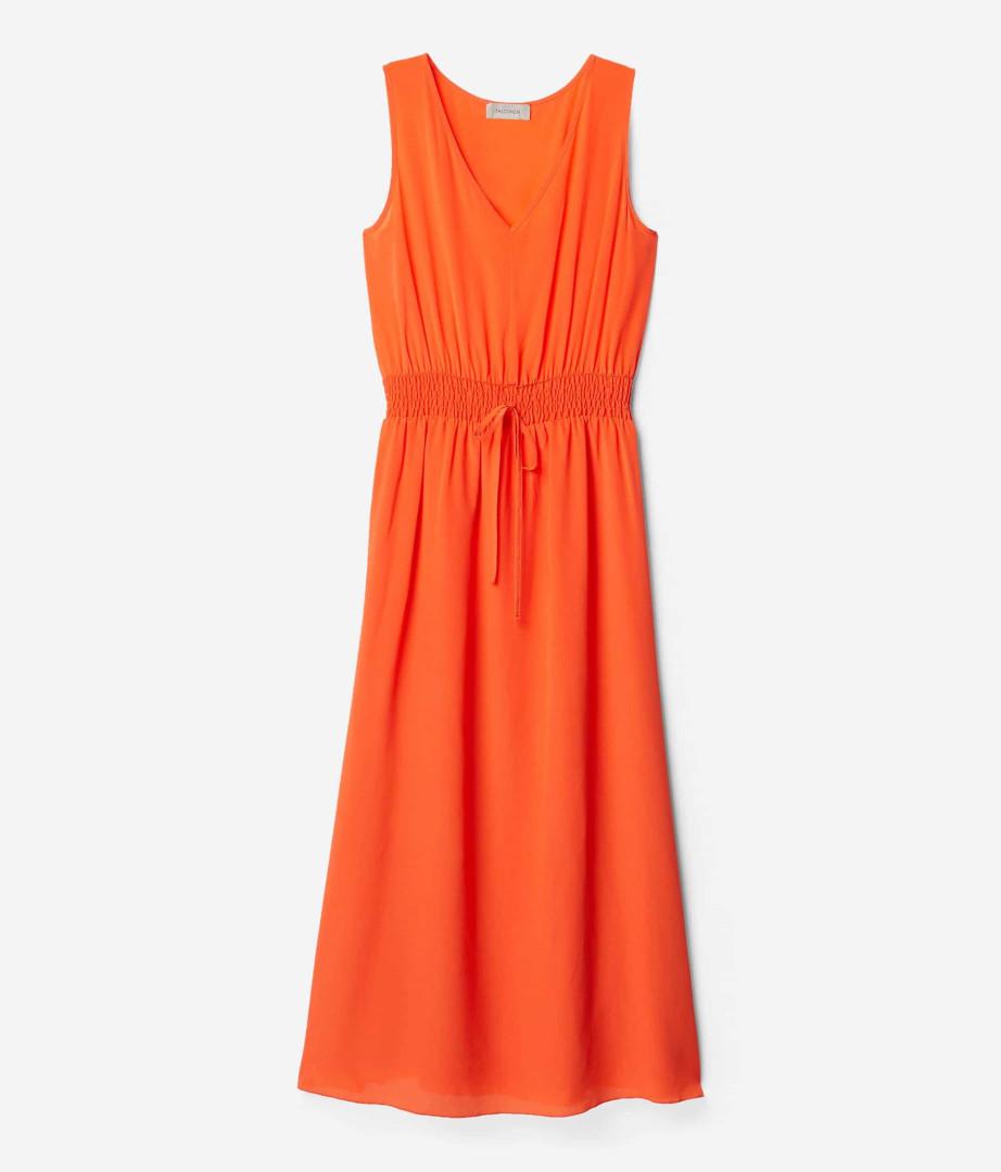 Falconeri apresenta os vestidos tendência deste verão